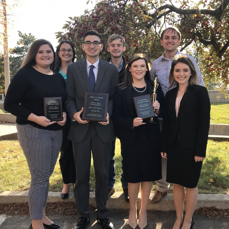 EKU Mock Trial Wins Illinois State Tournament